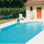 basen obłożony kamieniem