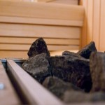 kamienie w piecu w saunie