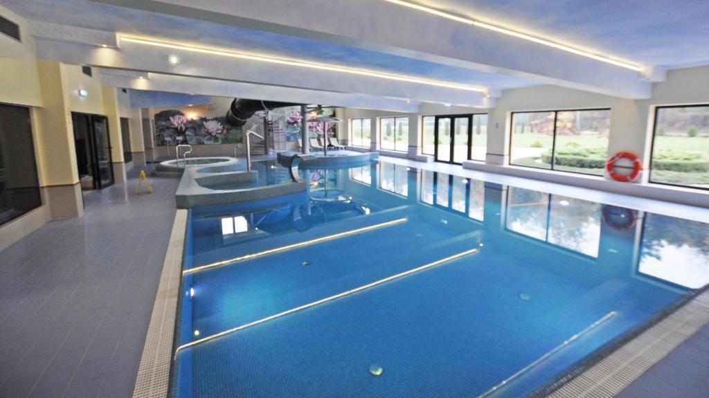 projekt i budowa basenu w centrum hotelowo kongresowym