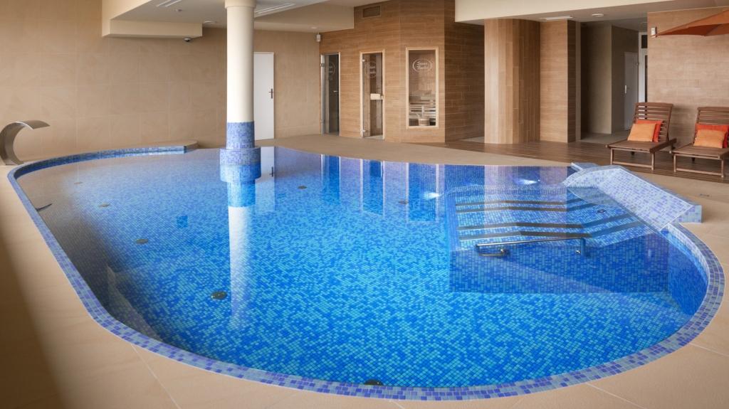 realizacja kompleksu basenu ze strefą spa i wellness