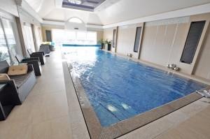 basen wrocław kamienne obrzeże mozaika montaż w domu prywatnym