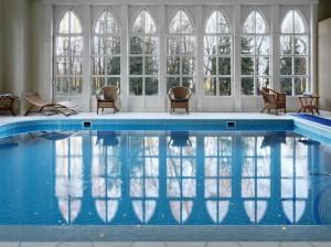 projekt i wykonanie ekskluzywny basen w hotelu pałac sulisław