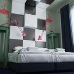 sypialnia w hotelu projekt wnętrza zielone ściany